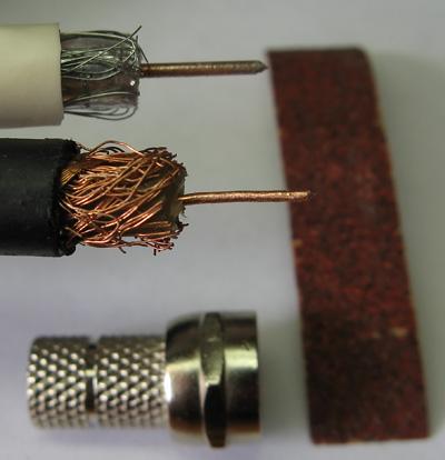 Зашкуриваем наждачкой медь и видим, что это было медное покрытие железа