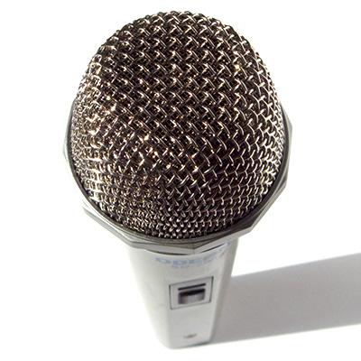Самый дешёвый динамический микрофон Odeon из Ашана