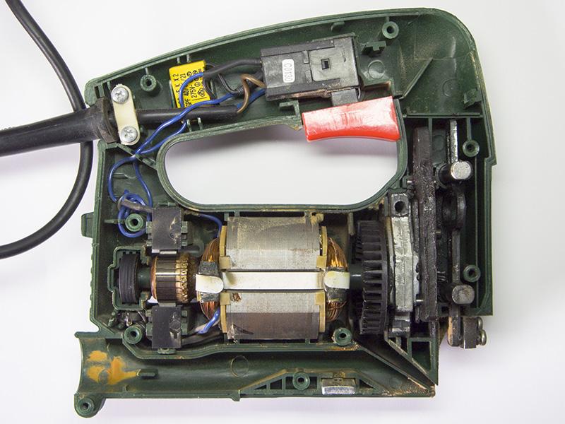Внутреннее устройство электролобзика. Что внутри, разборка