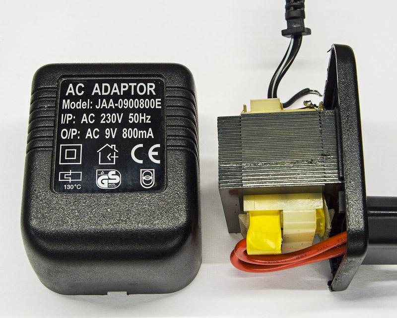 Сетевой адаптер питания с 9-ю переменными вольтами на выходе