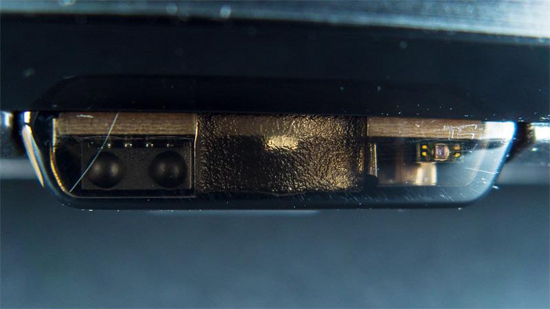 Датчики ИК и освещённости в телезизоре смарт LG 32LM6350PLA